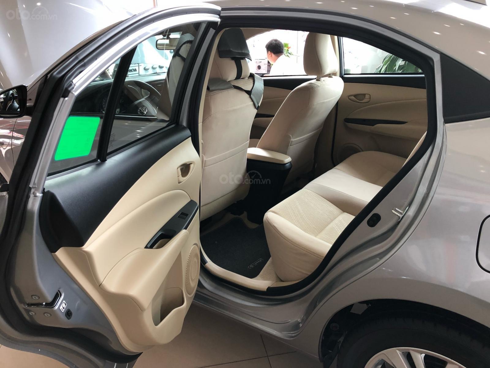 Bán Toyota Vios E đời 2019, màu bạc, nhận xe ngay-5