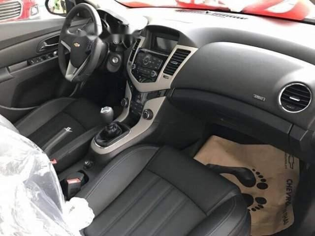 Cần bán Chevrolet Cruze LT năm sản xuất 2018, 529 triệu (5)