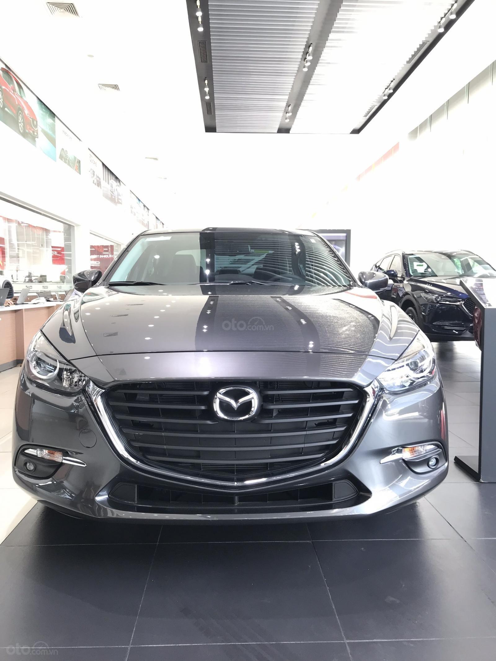 Mazda 3 1.5, màu xám lông chuột 46G, có xe giao ngay tại Mazda Bình Triệu-0