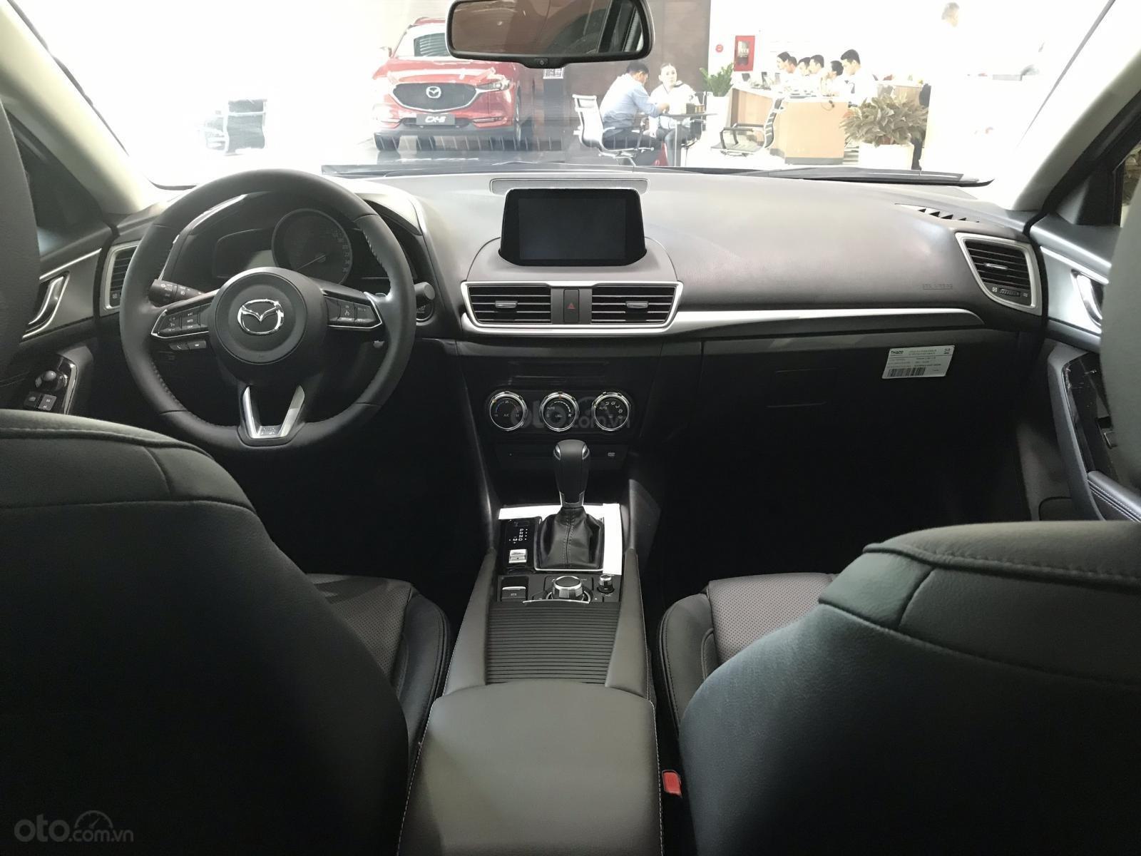 Mazda 3 1.5, màu xám lông chuột 46G, có xe giao ngay tại Mazda Bình Triệu-3