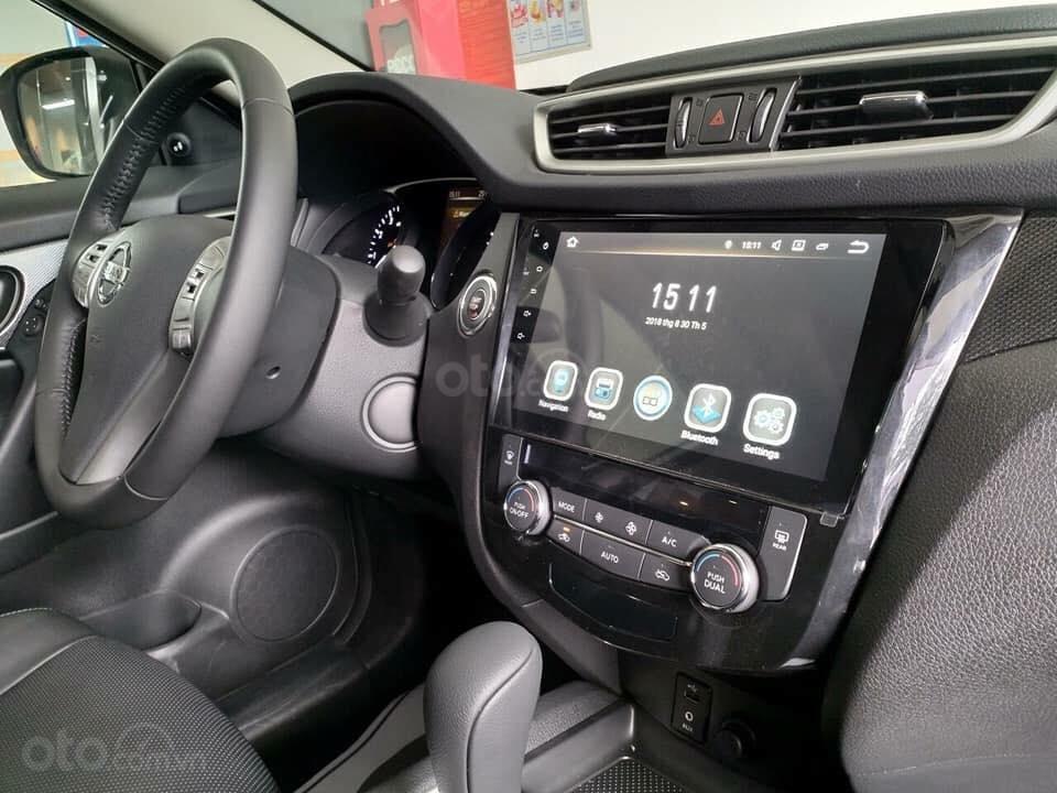 """Bán Nissan X-Trail 2.0SL/ 2.5 SV 4WD- """" Giá khuyến mãi thương lượng"""" & Bộ phụ kiện chính hãng - Nissan Sài Gòn: 0909.914.919-4"""