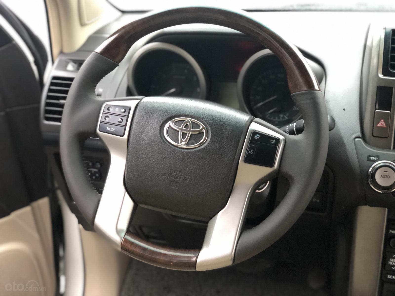 Bán Toyota Prado TXL đời 2010, màu trắng, nhập khẩu nguyên chiếc-5