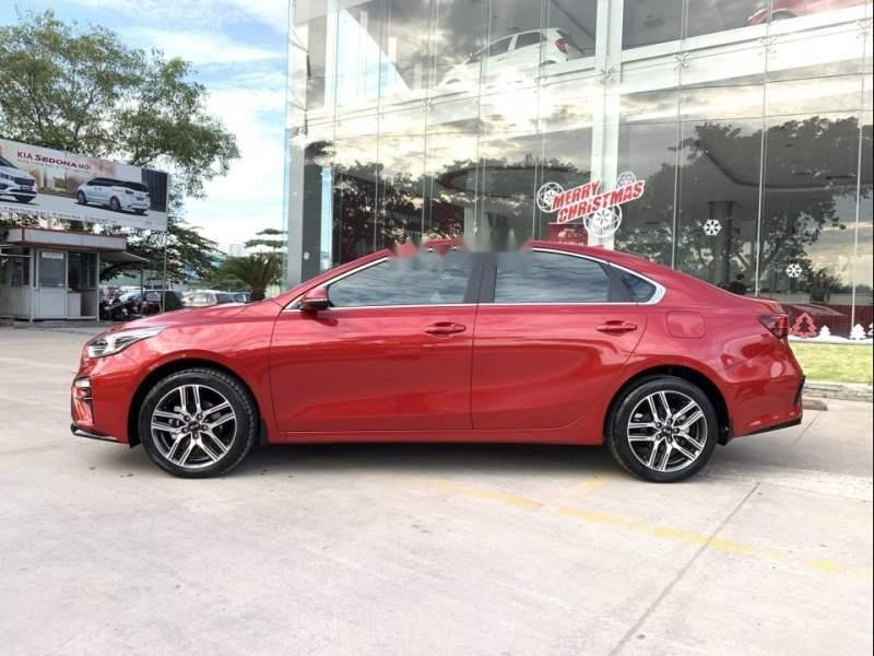 Bán xe Kia Cerato đời 2019, màu đỏ, giá 559tr-3