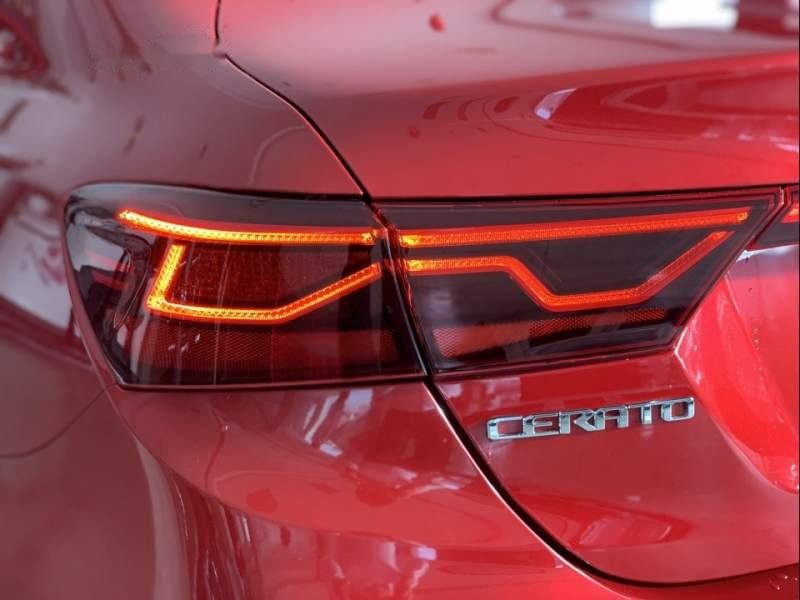 Bán xe Kia Cerato đời 2019, màu đỏ, giá 559tr-5