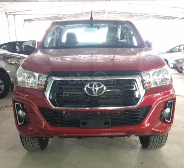 Toyota Hilux 2.4E 4x2AT sản xuất năm 2019, nhập khẩu nguyên chiếc, giao xe ngay (1)