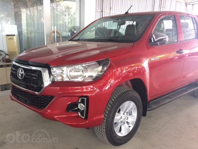Toyota Hilux 2.4E 4x2AT sản xuất năm 2019, nhập khẩu nguyên chiếc, giao xe ngay (2)