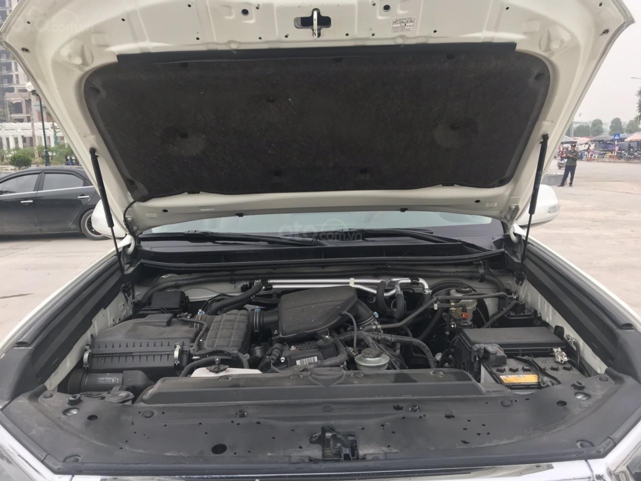 Cần bán xe Toyota Prado đời 2018, màu trắng, xe siêu lướt thơm mùi mới - Liên hệ: 094-711-6996 Mr Thanh-2