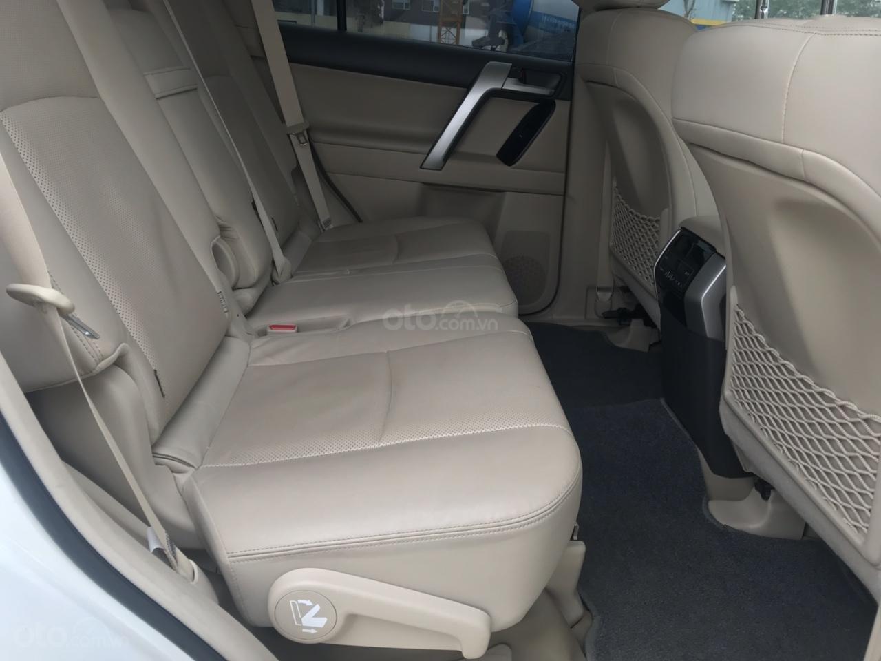 Cần bán xe Toyota Prado đời 2018, màu trắng, xe siêu lướt thơm mùi mới - Liên hệ: 094-711-6996 Mr Thanh-7