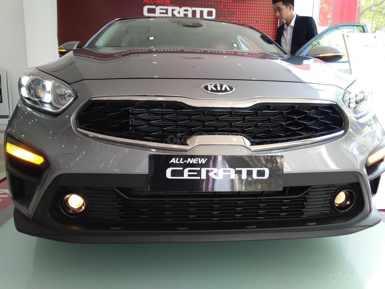 Bán xe Kia Cerato đời 2019, màu bạc giá cạnh tranh-5