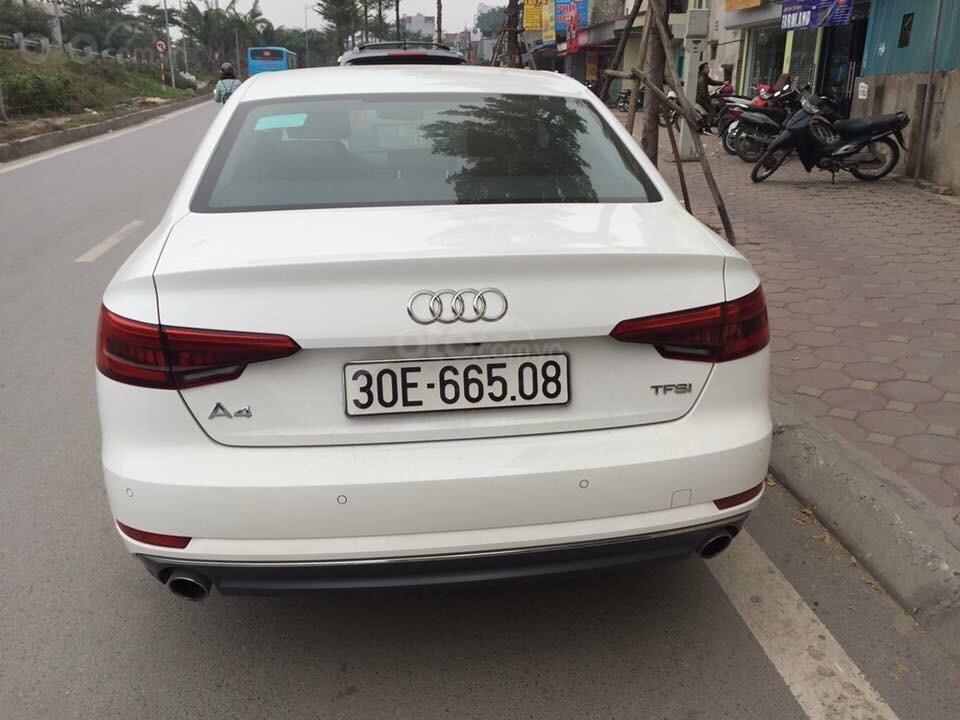 Cần bán Audi A4 2017, màu trắng, xe nhập chính chủ-1