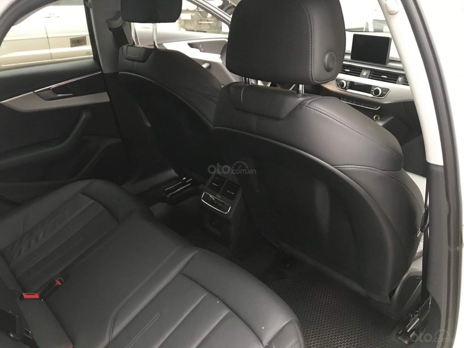 Cần bán Audi A4 2017, màu trắng, xe nhập chính chủ-7