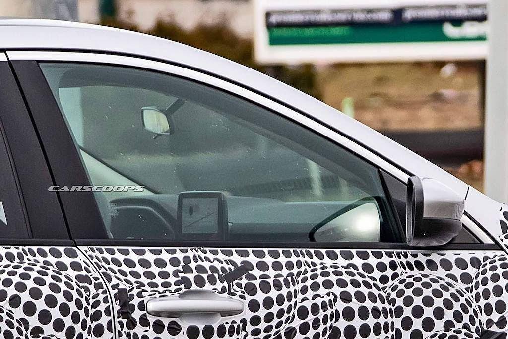 Ford Escape 2020 lộ diện trên đường thử với ngoại hình đậm chất Focus a7