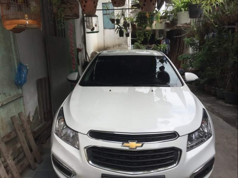 Bán ô tô Chevrolet Cruze LT MT năm sản xuất 2016, màu trắng-0