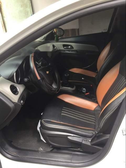 Bán ô tô Chevrolet Cruze LT MT năm sản xuất 2016, màu trắng-3
