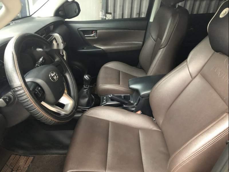 Cần bán xe Toyota Fortuner MT năm 2017, màu đen, nhập khẩu nguyên chiếc -3