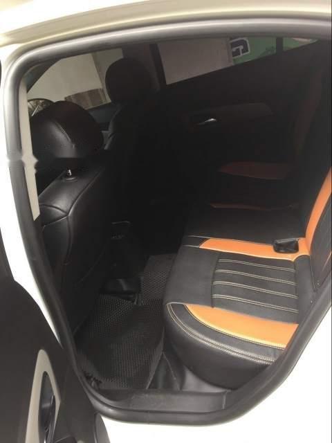 Bán ô tô Chevrolet Cruze LT MT năm sản xuất 2016, màu trắng-2