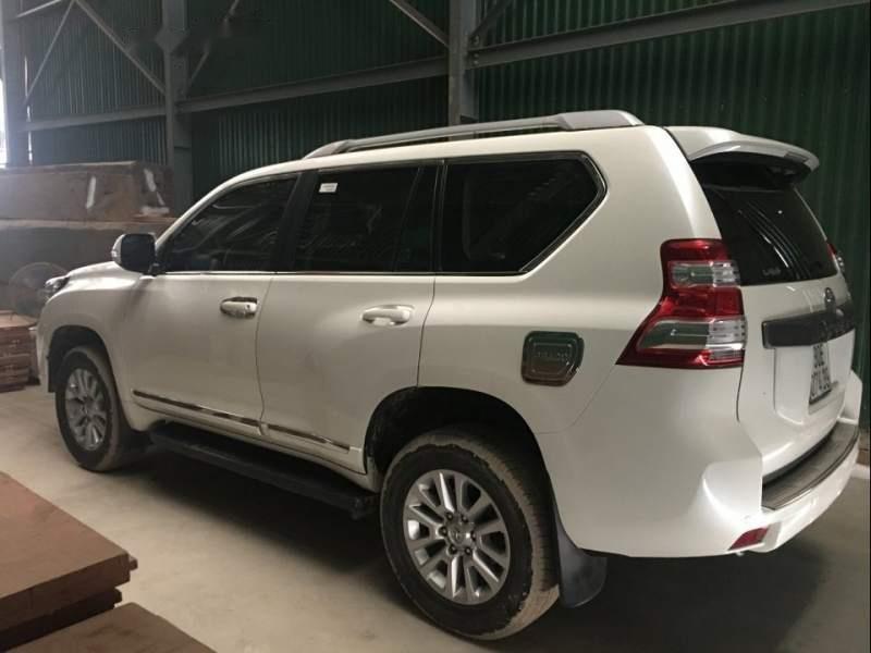 Cần bán lại xe Toyota Prado sản xuất năm 2016, màu trắng, giá tốt-2