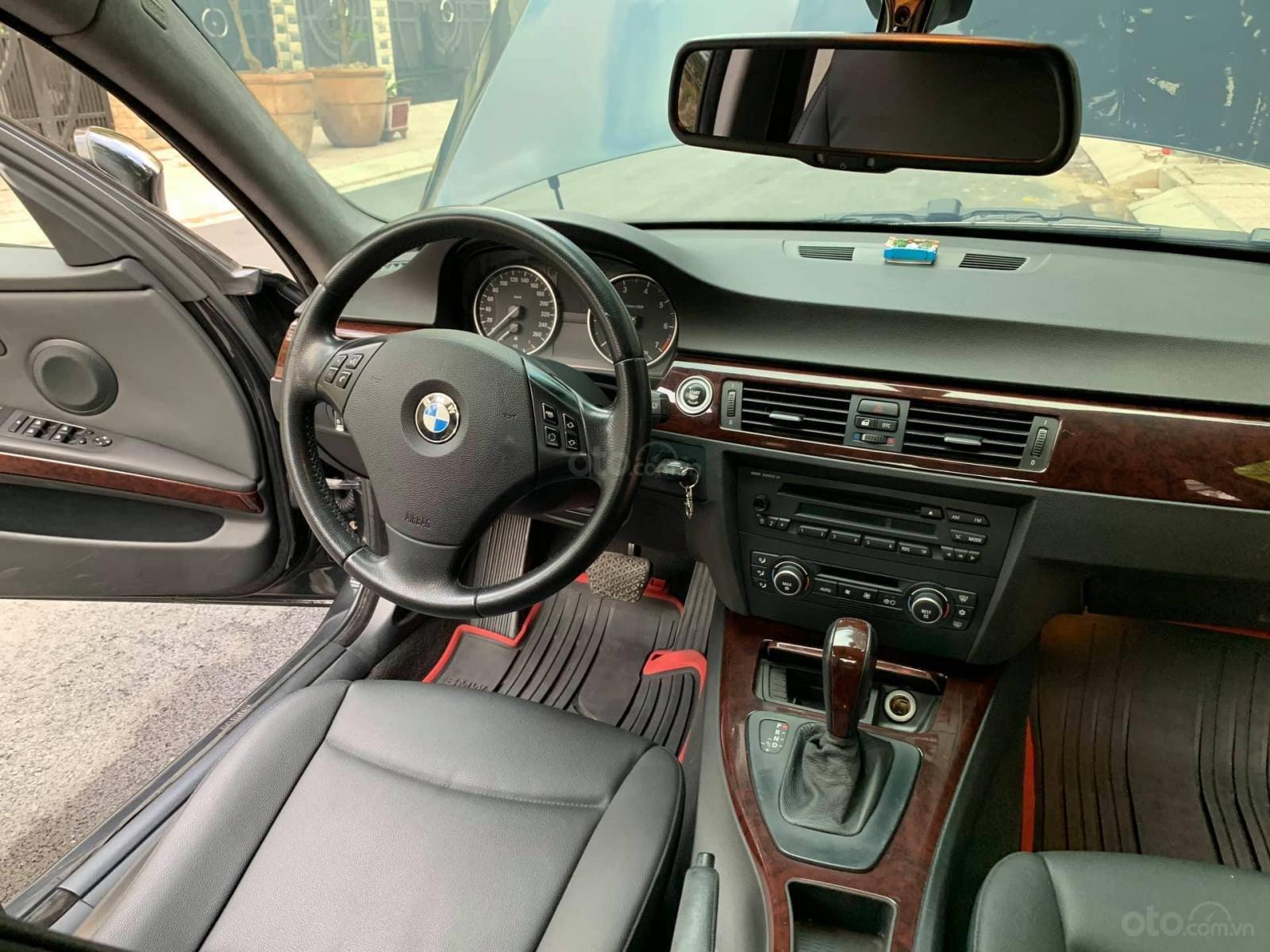 Cần bán xe BMW 3 Series 320i sản xuất 2009, màu đen, nhập khẩu nguyên chiếc-3