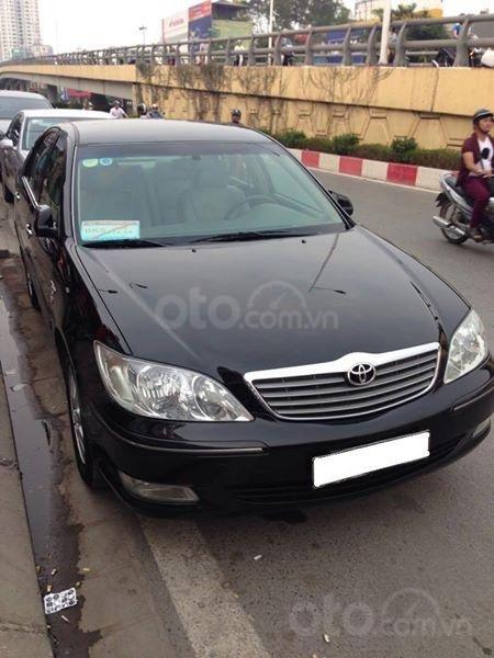 Gia đình cần bán Camry V6 2002, số tự động, màu đen gia đình sử dụng rất kĩ (1)