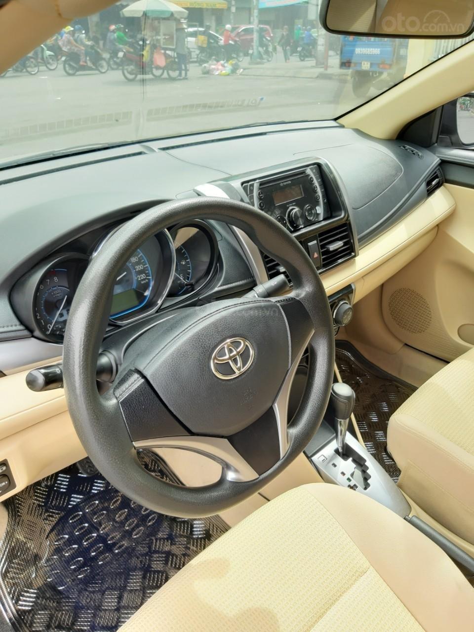 Bán xe Toyota Vios E model 2017, màu kem, nhập khẩu còn rất mới, giá 520tr-5