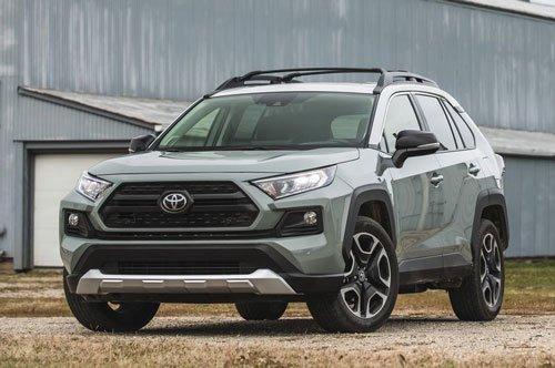 Top 10 mẫu xe SUV và crossover hút khách nhất tại thị trường ô tô Mỹ:Toyota RAV4.