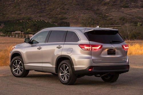 Top 10 mẫu xe SUV và crossover hút khách nhất tại thị trường ô tô Mỹ: Toyota Highlander.