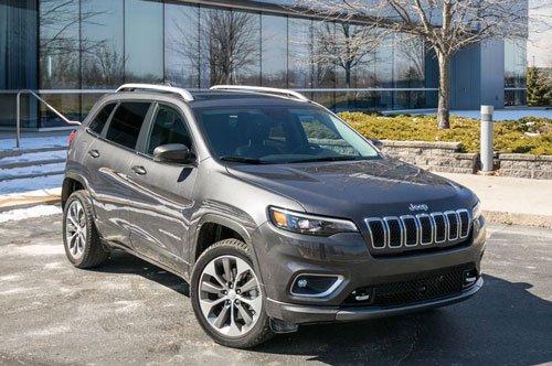 Top 10 mẫu xe SUV và crossover hút khách nhất tại thị trường ô tô Mỹ: Jeep Cherokee.