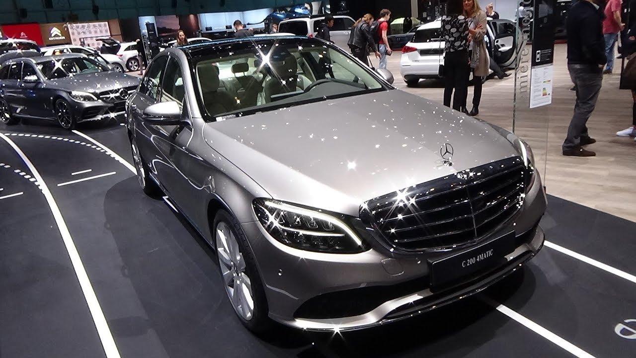 Đây là 10 mẫu xe Mercedes-Benz phiên bản 2019 đáng sở hữu nhất- Mercedes-Benz C200 4MATIC 2019.