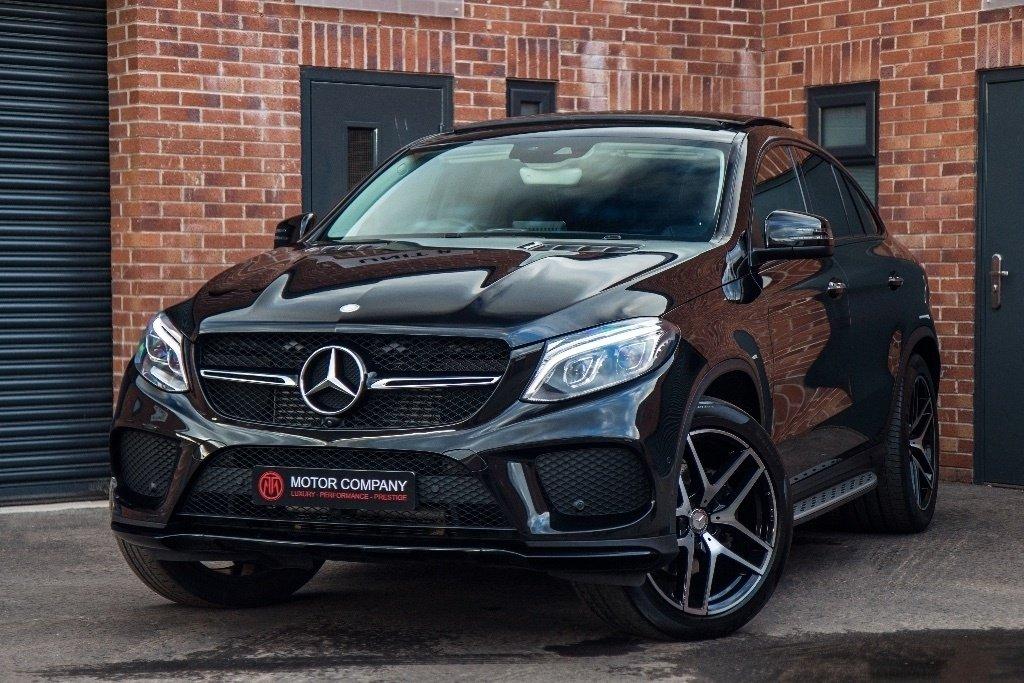 Đây là 10 mẫu xe Mercedes-Benz phiên bản 2019 đáng sở hữu nhất- Mercedes-Benz GLE 350 d 4MATIC 2019.