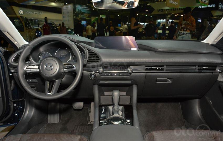 Khoang nội thất Mazda 3 2019 mới dành cho Singapore...