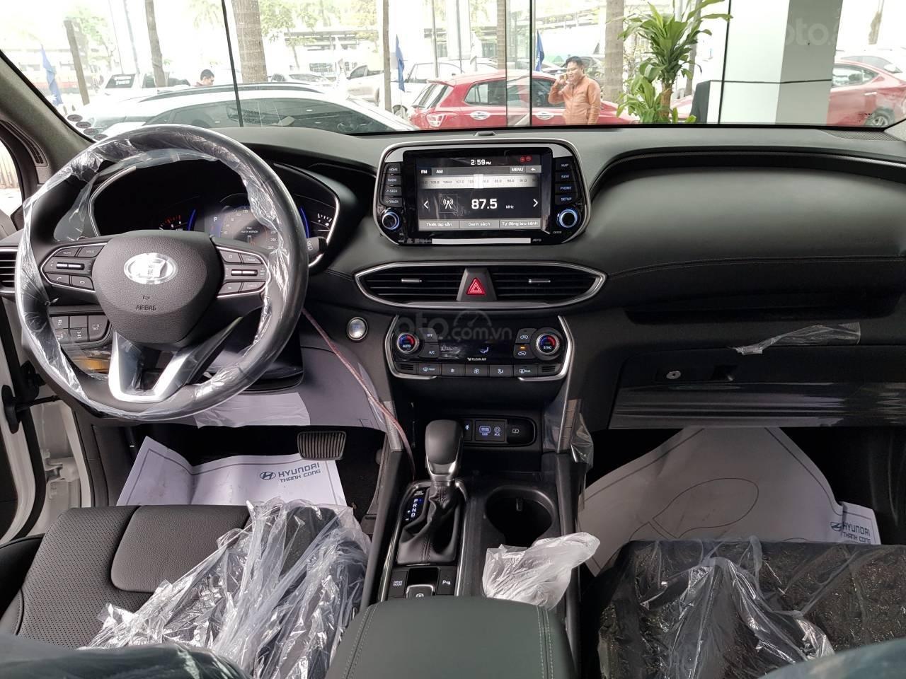 Hyundai Santa Fe 2019, giao xe ngay, khuyến mại cực cao, liên hệ ngay: 0981476777 để ép giá và nhận ưu đãi-5