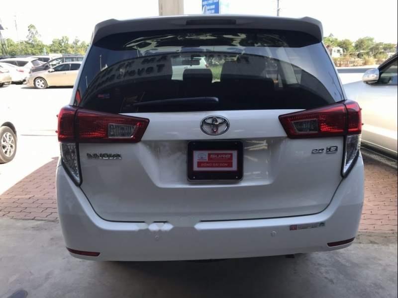 Bán ô tô Toyota Innova sản xuất năm 2018, màu trắng, giá chỉ 770 triệu (6)