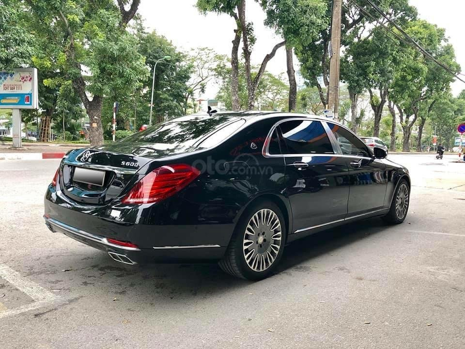 Cần bán Mercedes S400 đời 2018, màu đen xe gia đình-1