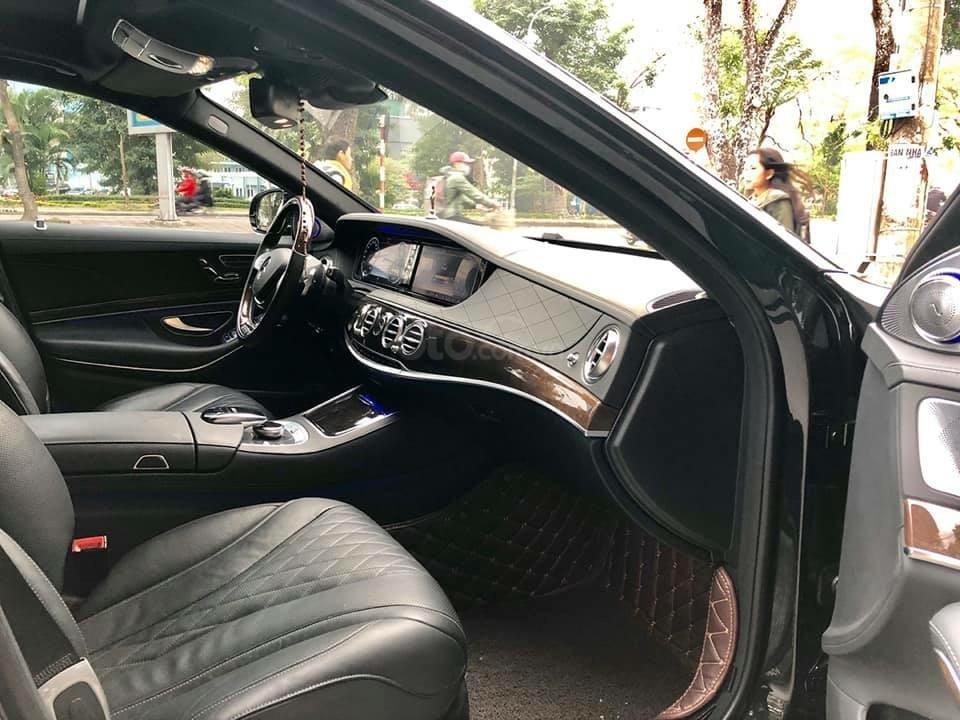 Cần bán Mercedes S400 đời 2018, màu đen xe gia đình-4