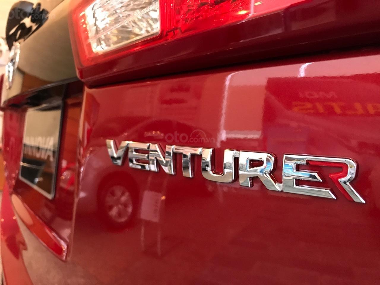 """Toyota Tân Cảng- Ưu đãi xe Innova 2.0 Venturer """"Duy nhất trong tuần giảm 30tr tiền mặt, tặng thêm phụ kiện""""-0933000600-2"""