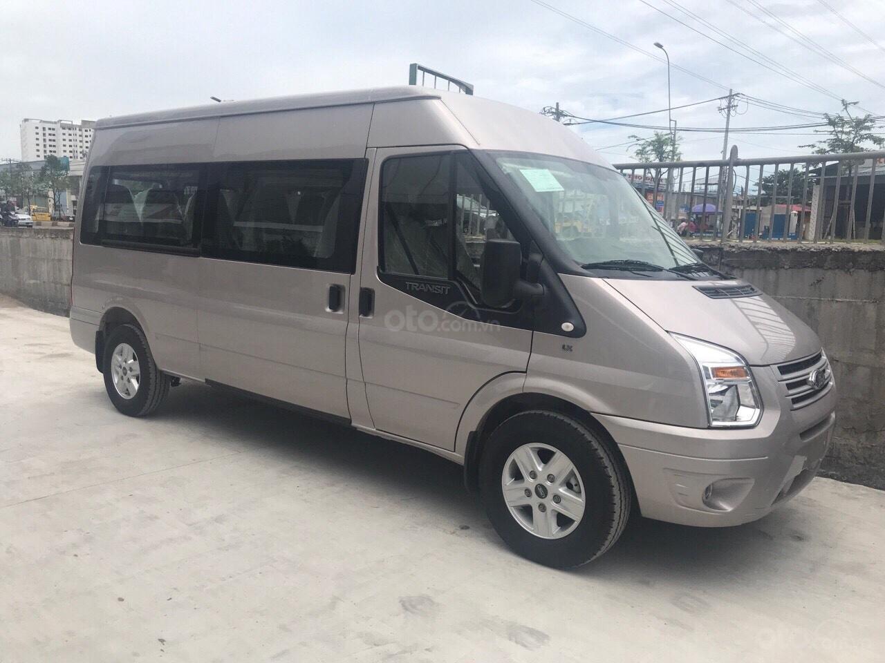 Bán Transit 2019, giao xe ngay hỗ trợ vay 5-7 năm 80-90% giá trị xe tặng ngay hộp đen - lót sàn giả gỗ - bọc trần-0