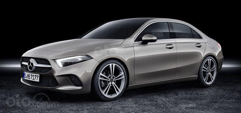 So sánh nhanh Mercedes-Benz CLA-Class mới và cũ và A-Class - ảnh 3