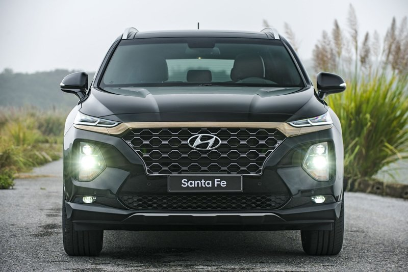 Giá xe Hyundai Santa Fe 2020 mới nhất tại Việt Nam A2