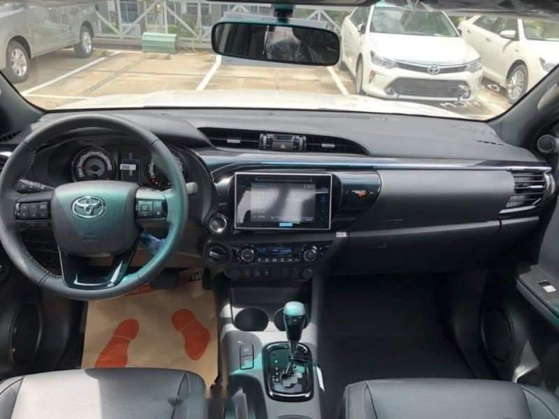 Bán xe Toyota Hilux 2.8L 2019, màu trắng, nhập khẩu nguyên chiếc-2