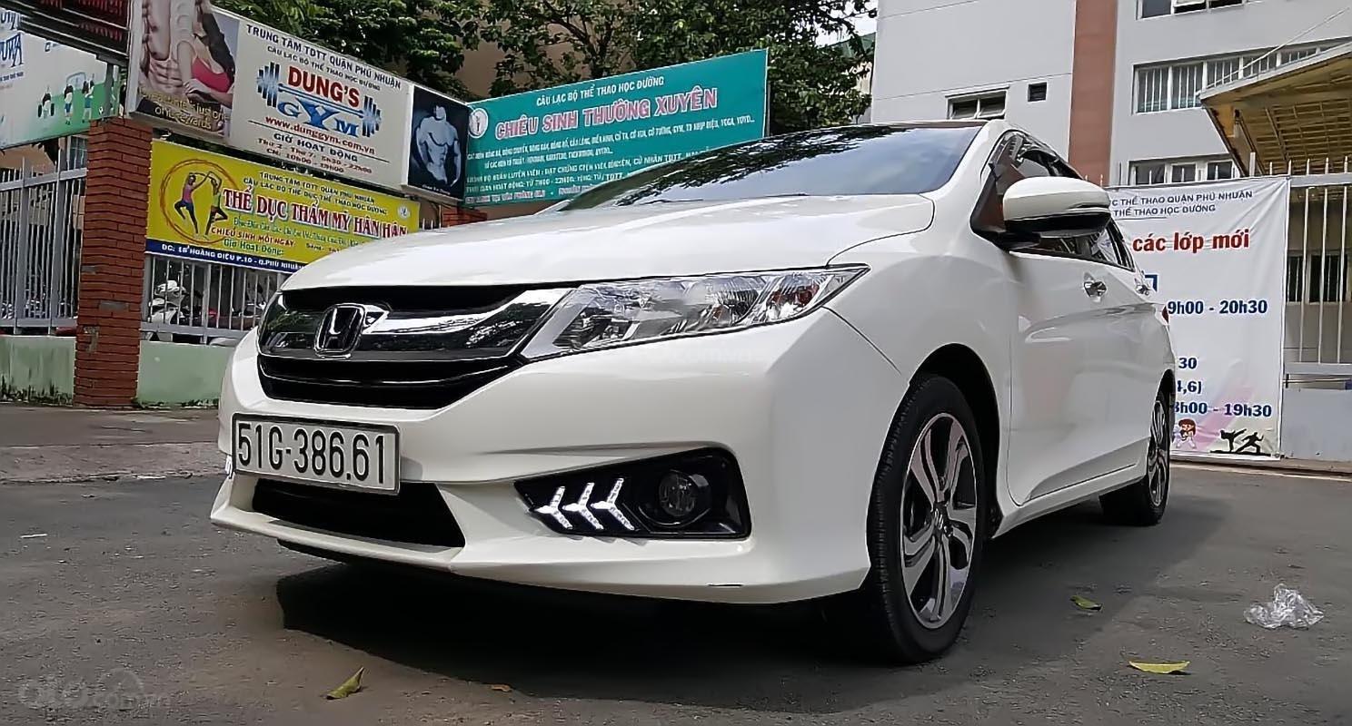 Bán ô tô Honda City đời 2017, màu trắng ít sử dụng, giá tốt-0