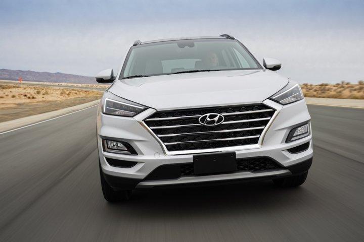 Rò rỉ Catalogue xe Hyundai Tucson và Elantra nâng cấp tại Việt Nam a2