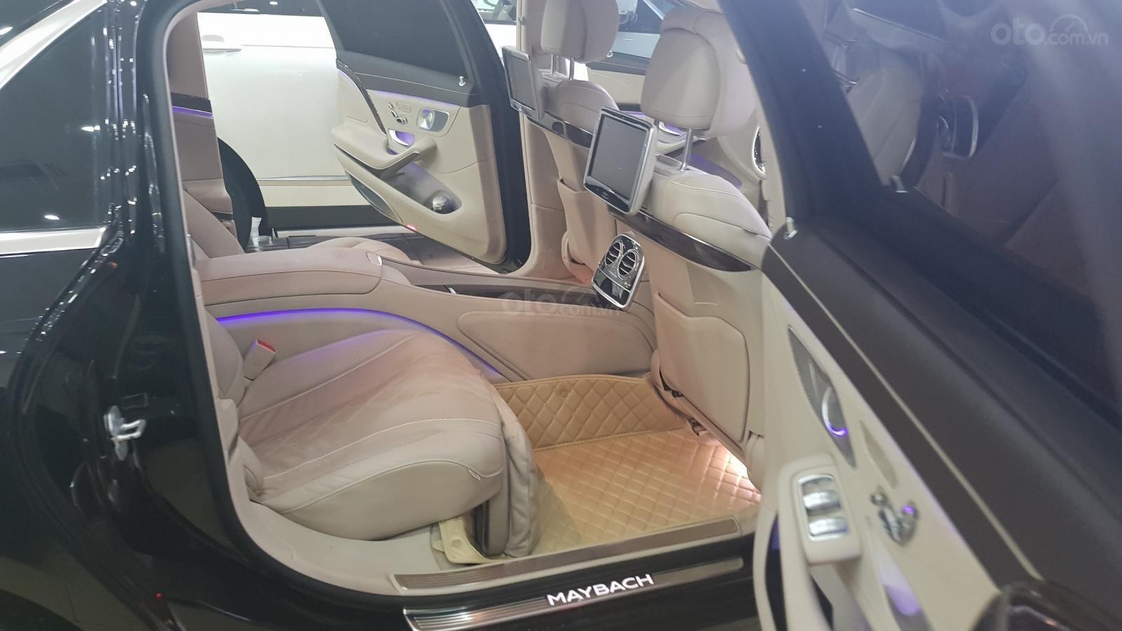 Bán Mercedes S400 Maybach sản xuất 2016, đăng ký lần đầu 2017-8