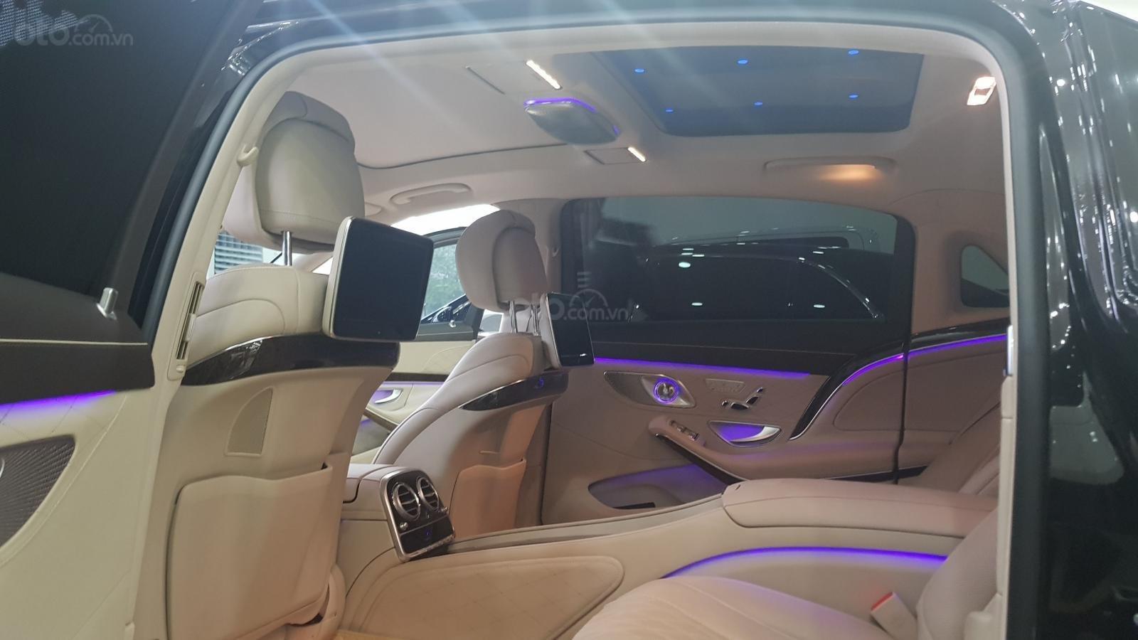 Bán Mercedes S400 Maybach sản xuất 2016, đăng ký lần đầu 2017-12