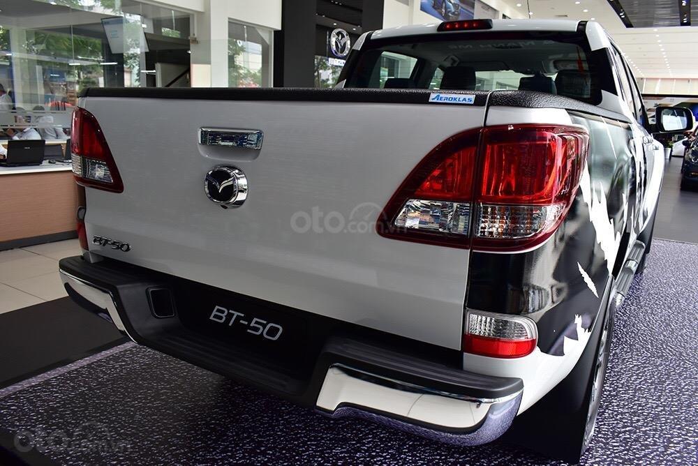 Bán Mazda BT50 giá từ 595tr có xe giao ngay, đủ màu, phiên bản, liên hệ ngay với chúng tôi để nhận được ưu đãi tốt nhất-2