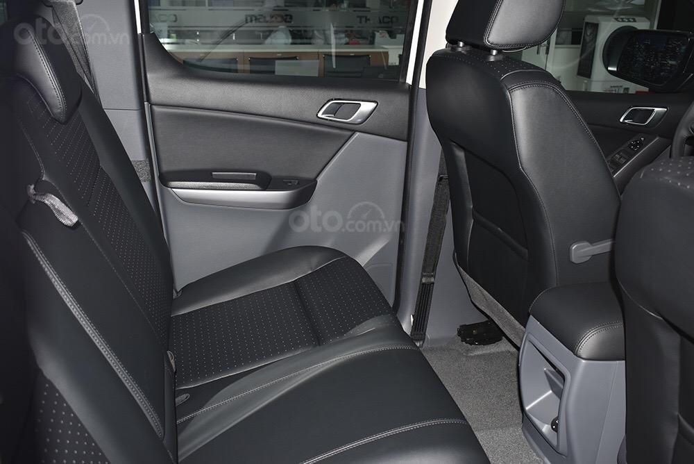 Bán Mazda BT50 giá từ 595tr có xe giao ngay, đủ màu, phiên bản, liên hệ ngay với chúng tôi để nhận được ưu đãi tốt nhất-11