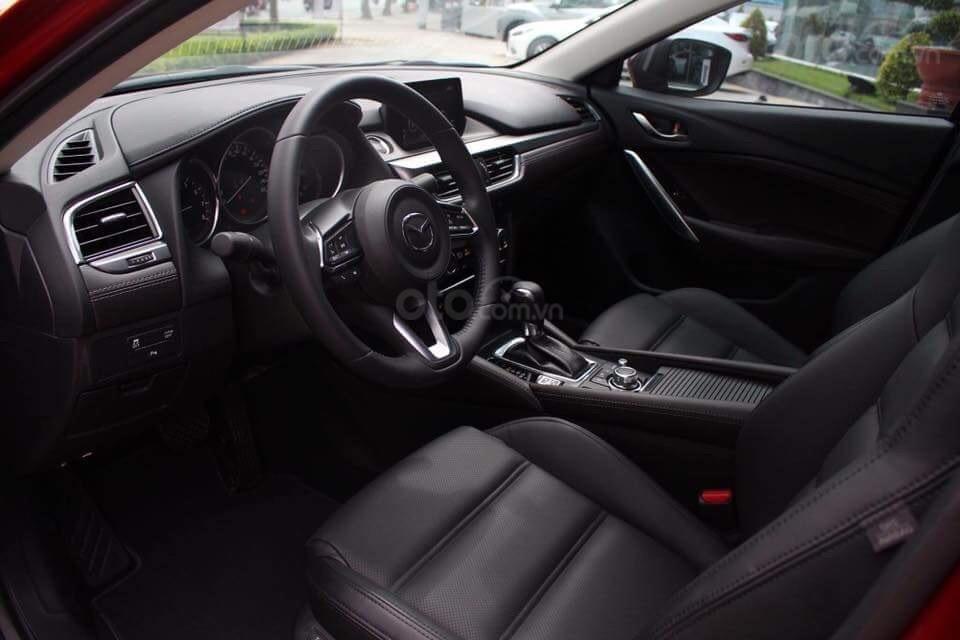 Bán Mazda 6 giá từ 819tr xe giao ngay, đủ màu, đủ phiên bản, tặng gói bảo dưỡng 3 năm miễn phí (4)