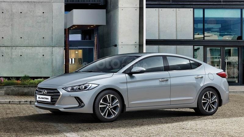 So sánh Kia Cerato 2019 và Hyundai Elantra 2019 về thiết kế thân xe 1...