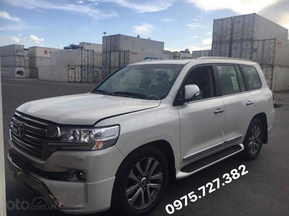 Bán Toyota Land Cruiser VX-R 4.6 Trung Đông 2018-0
