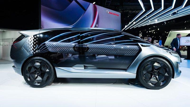 Entranze concept: Xe Trung Quốc lai phong cách xe Mỹ a2