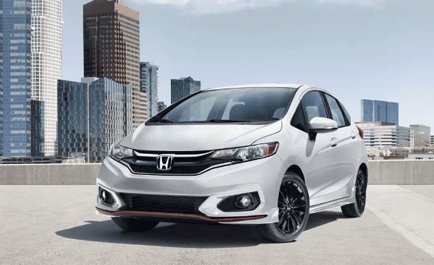 Mẫu xe ô tô nào có giá bán rẻ nhất thị trường hiện nay? Honda Fit 2019.